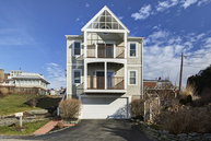 103 Shore Drive Middletown RI, 02842
