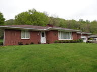 1008 Terrace St Hinton WV, 25951