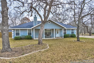 104 Shadow Woods Dr La Vernia TX, 78121