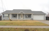 102 Naples Court Radcliff KY, 40160