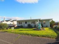 1607 W 11th The Dalles OR, 97058