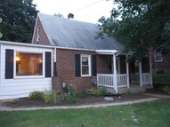 405 Duncan Ave Front Royal VA, 22630