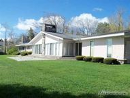 688 N Lakeshore Port Sanilac MI, 48469