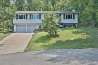 7405 Chant Ct Louisville KY, 40214