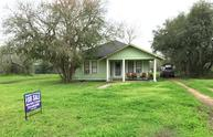 524 E 5th Avenue Yorktown TX, 78164
