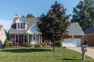 7411 Crabtree Dr Louisville KY, 40228