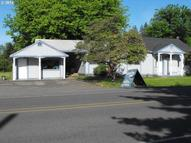 361 N State St Sutherlin OR, 97479