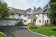 60 Westminster Rd Great Neck NY, 11020