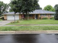 418 Grantham Dr Englewood OH, 45322
