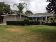 714 North Palm St Woodlake CA, 93286