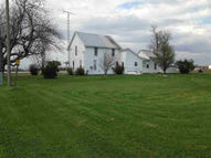 4897 N County Road 200w Winchester IN, 47394