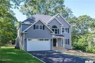 24 Suffolk Pl East Northport NY, 11731