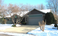 25 Crown Hill Lane Mankato MN, 56001