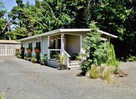 467 Ne Washington Se Yachats OR, 97498