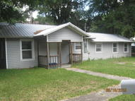 749 North Thompson Starke FL, 32091