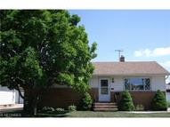 4169 Dawncliff Dr Brooklyn OH, 44144