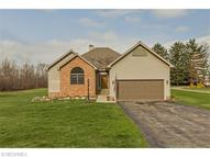 7714 Macedonia Rd Oakwood Village OH, 44146