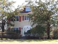 53 Sealy Dr Lawrence NY, 11559
