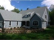 107 Diamond Dr Henniker NH, 03242