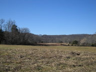 34.47ac. Farmer Road Quebeck TN, 38579
