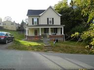 2909 Brick Hill Rd. Fairmont WV, 26554