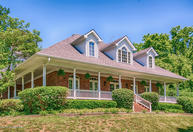 111 Rest Cottage Ln Pewee Valley KY, 40056