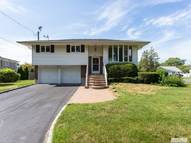640 14th St West Babylon NY, 11704