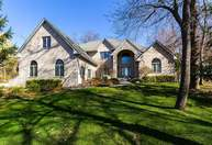 2498 Forest Reed Place Le Claire IA, 52753