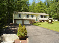212 Great Oaks Drive Nesquehoning PA, 18240