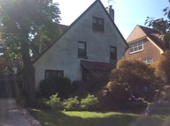 52 Tennis Pl Forest Hills NY, 11375