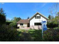 822 Lombard St North Bend OR, 97459