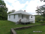 135 Hill St Bluefield VA, 24605