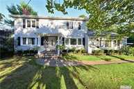 565 Kenridge Rd Lawrence NY, 11559