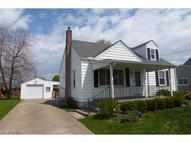237 Helena Dr Struthers OH, 44471