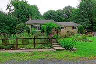 1596 Duck Pond Rd Castleton On Hudson NY, 12033