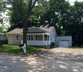 203 North East St Bloomfield IA, 52537