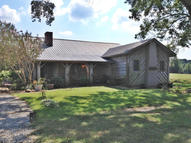 3556 Fawn Grove Road Mantachie MS, 38855