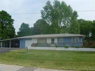 624 E 7th Street Tonganoxie KS, 66086