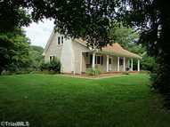 5291 Crown Point Tobaccoville NC, 27050