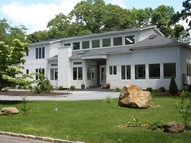 1 Messenger Ln Sands Point NY, 11050