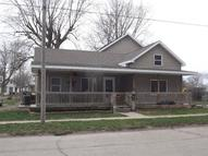 204 East Burlington New London IA, 52645