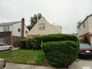 118-51 224th St 2nd Fl Cambria Heights NY, 11411