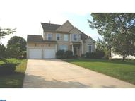 5 Waters Edge Dr Delran NJ, 08075