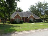 209 Silver Cir Warner Robins GA, 31093