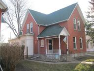 321 5th Ave North Clinton IA, 52732