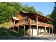 1147 Deerfield Drive Hot Springs NC, 28743