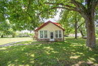2554 East Farm Road 10 Fair Grove MO, 65648