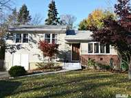 16 Longford St Huntington NY, 11743