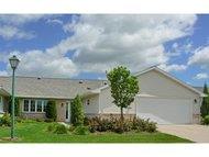 1564 River Pines Dr Green Bay WI, 54311