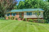 110 Hillside Court King NC, 27021